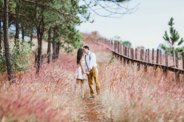 Fall romance